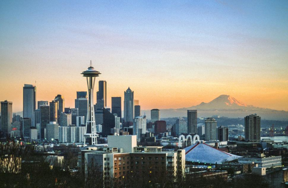 Download Free Stock HD Photo of City of Seattle with Mount Ranier Online