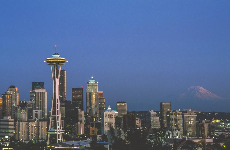 Download Free Stock HD Photo of Seattle evening skyline Online