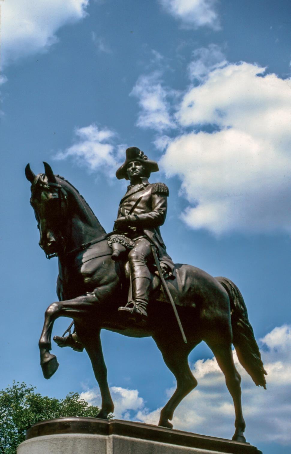 Download Free Stock HD Photo of Mounted George Washington statue Online