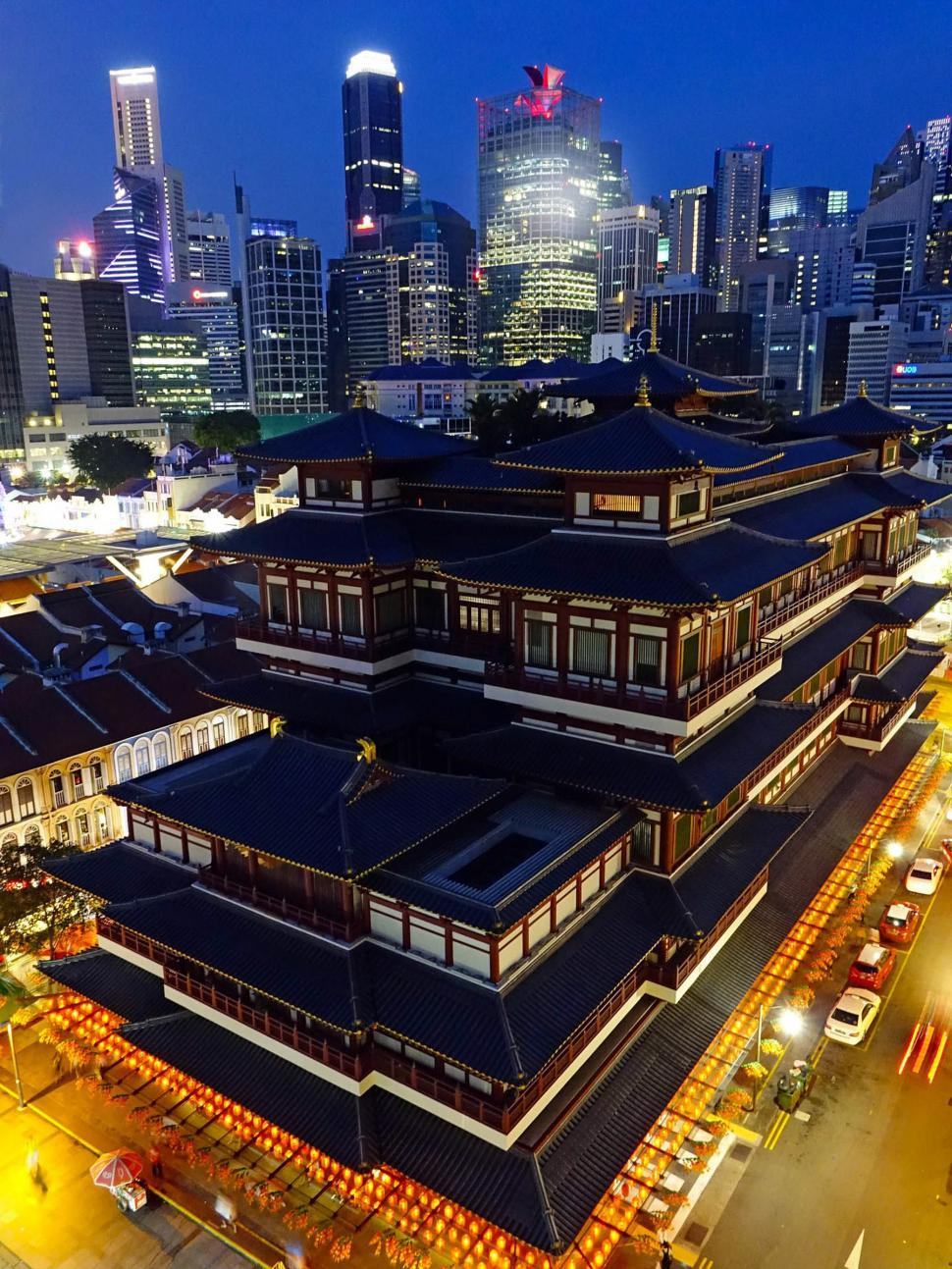 Download Free Stock HD Photo of Singapore Buddha Tooth Relic Temple, night Online