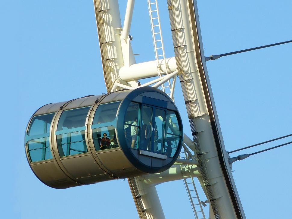 Download Free Stock HD Photo of Singapore Flyer car Online