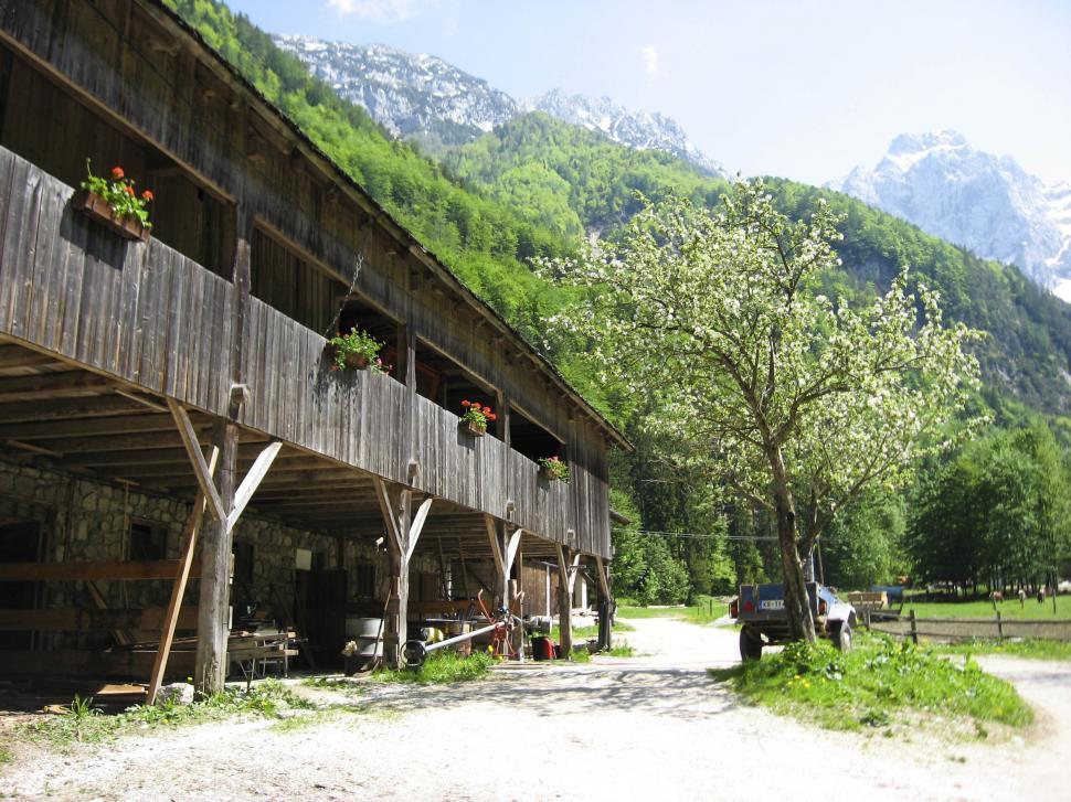 Download Free Stock HD Photo of alpine village Online