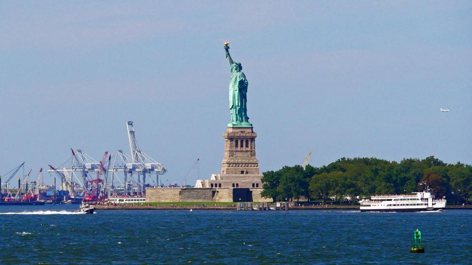 Download Free Stock Photo of Statue of Liberty