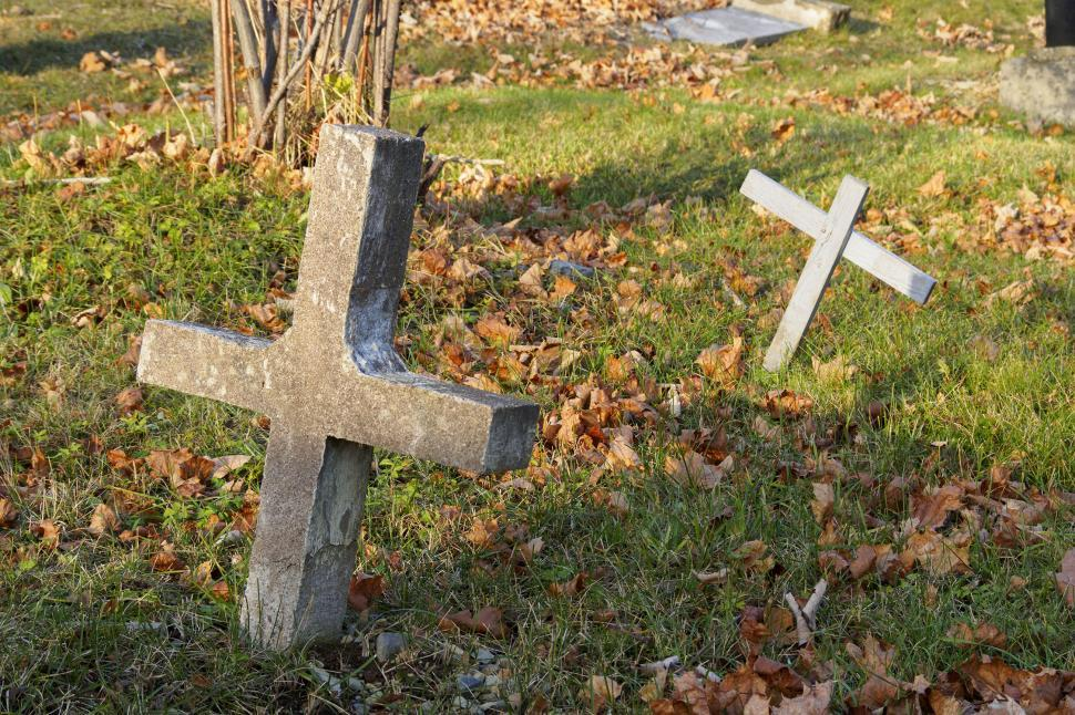 Download Free Stock HD Photo of Gravestone Online