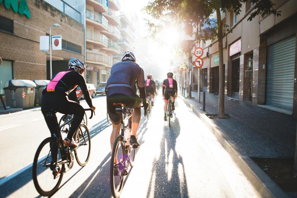 Download Free Stock Photo of Bicycle race in the city
