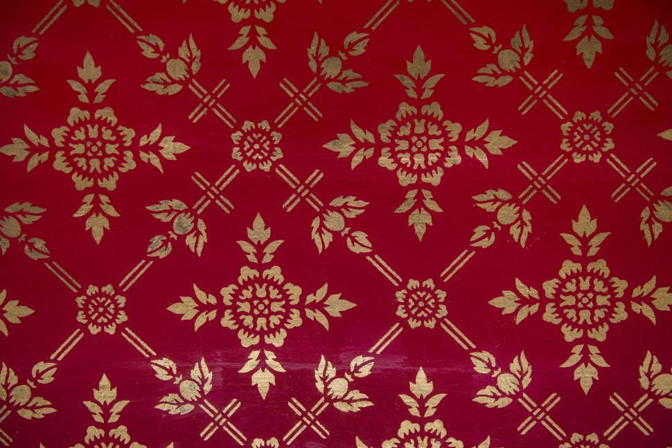 Download Free Stock Photo of Floral pattern in regal design