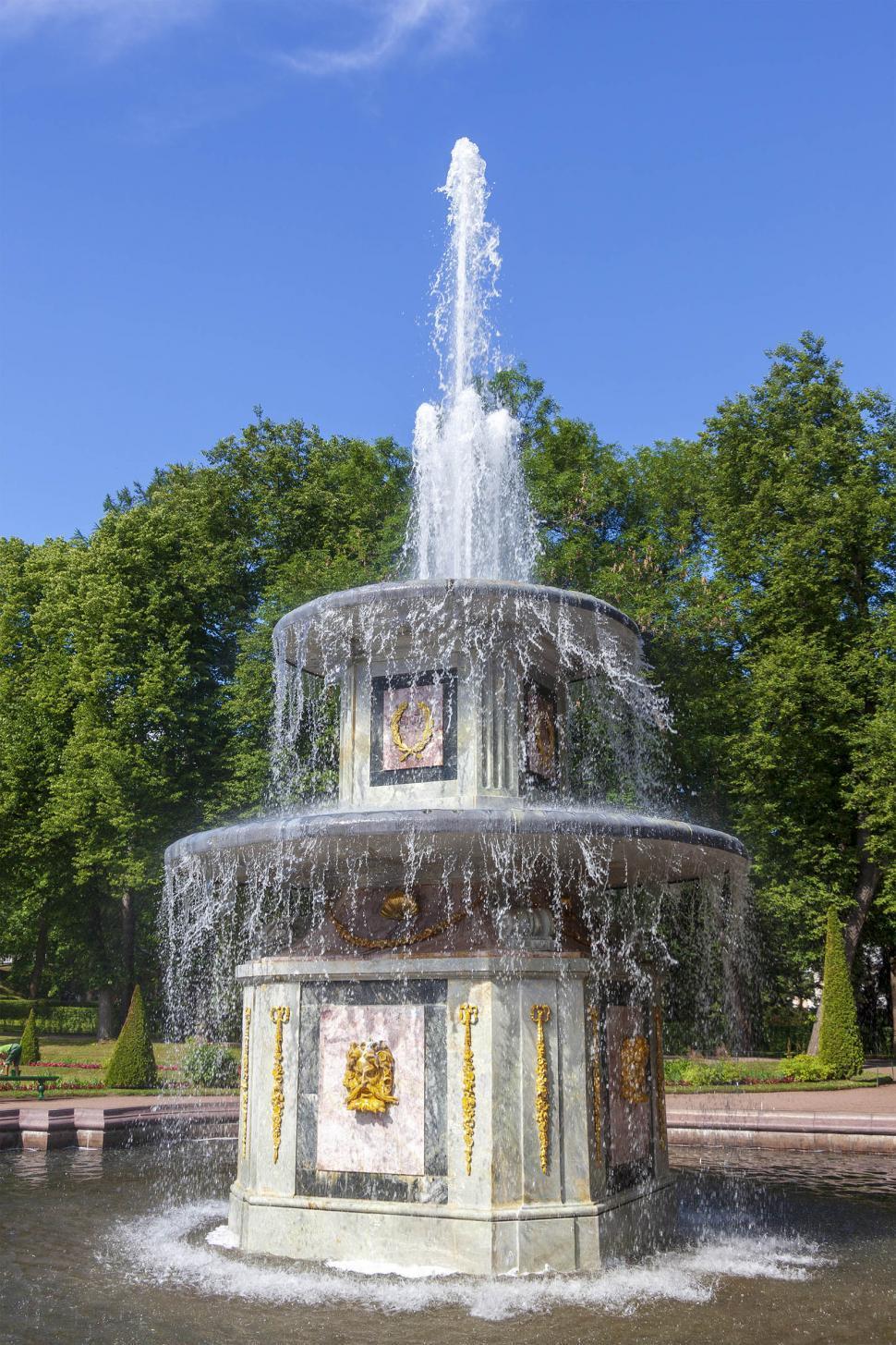Download Free Stock Photo of Peterhof Palace fountain