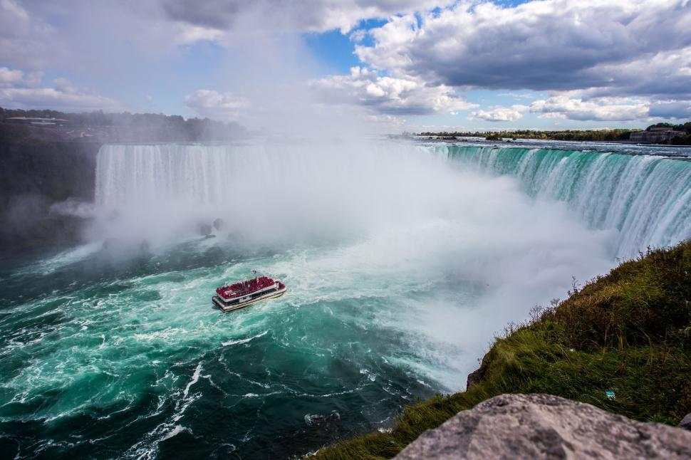 Download Free Stock HD Photo of Niagara falls in Canada Online