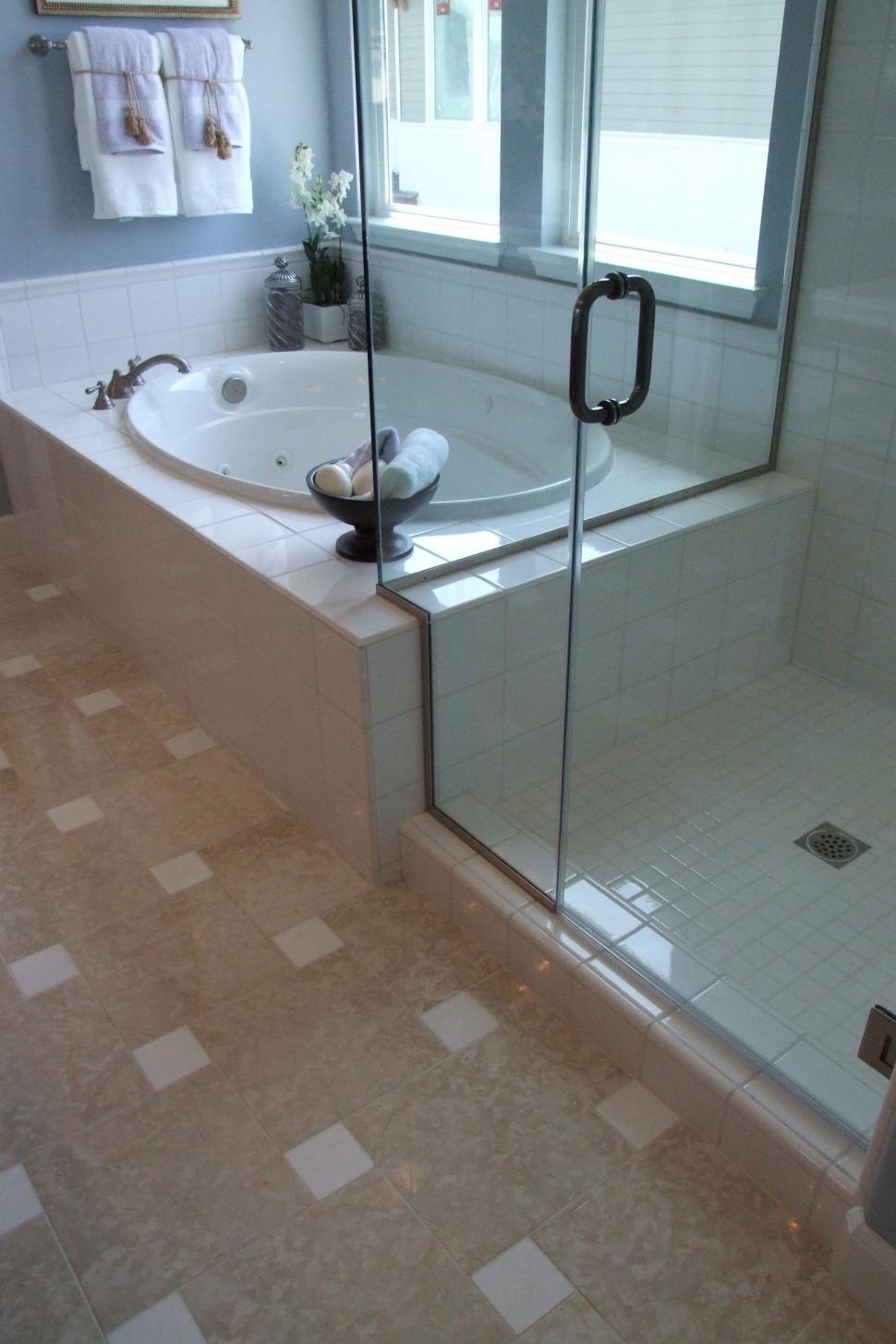 Download Free Stock Photo of Bathroom
