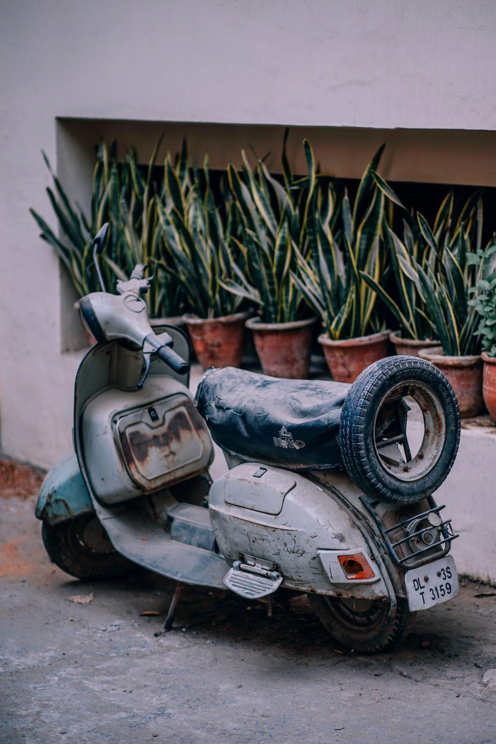 Download Free Stock Photo of Abandoned Scooter in New Delhi