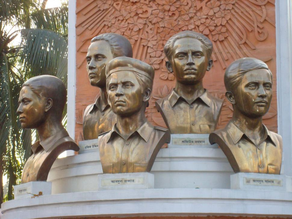 Download Free Stock Photo of Sculpture of Martyers