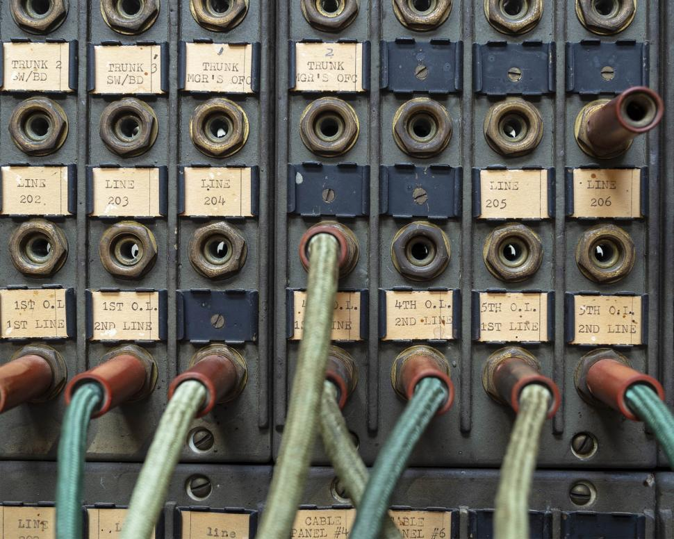 Download Free Stock Photo of Circuit control