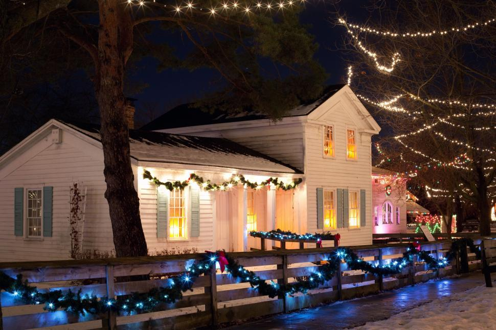 Download Free Stock Photo of House With Xmas lights