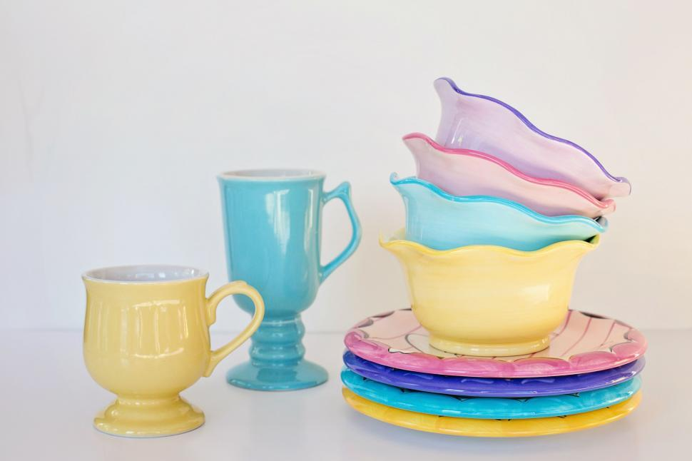 Download Free Stock Photo of Ceramic Dishes and Mugs