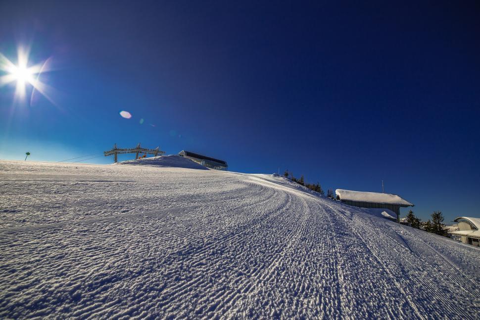 Download Free Stock Photo of Ski runway in Wagrain