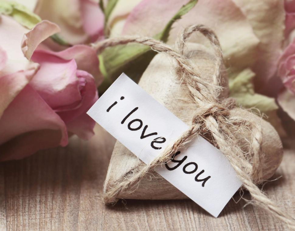 Download Free Stock Photo of I Love You noted tied to small heart