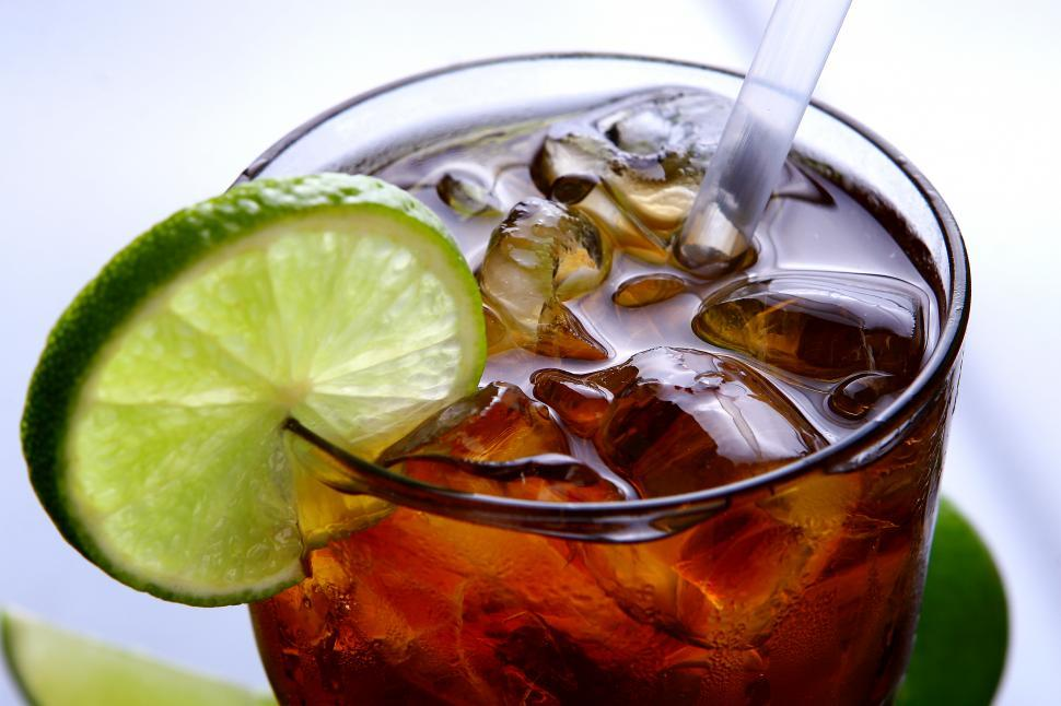 Download Free Stock HD Photo of fresh ice tea glass with lime slice Online