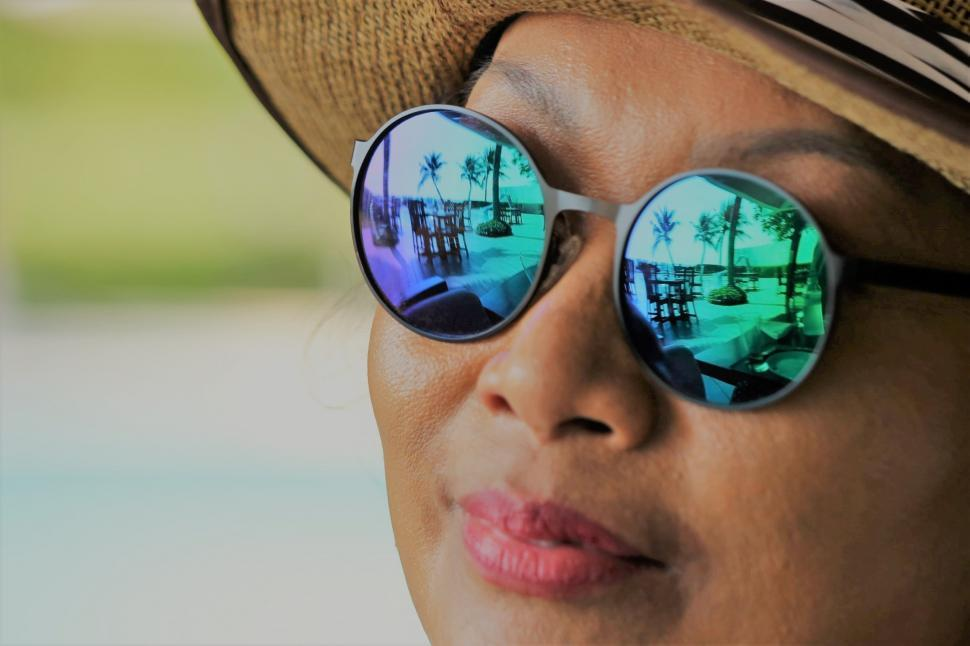 Download Free Stock HD Photo of Sunglasses reflection of palm trees  Online