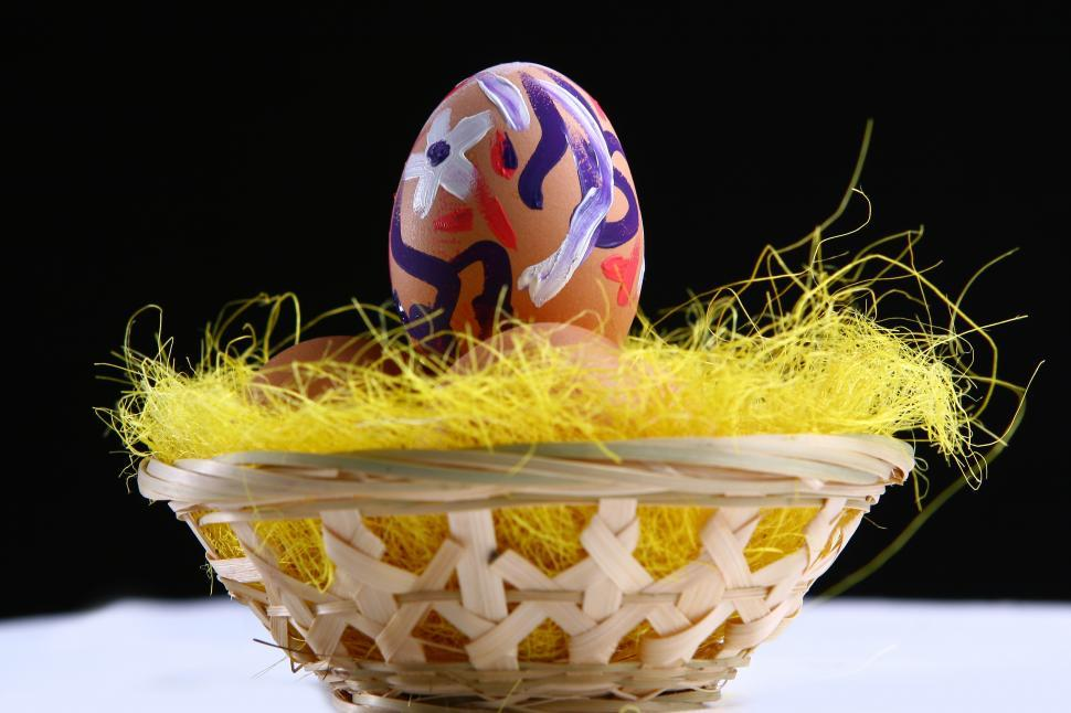 Download Free Stock Photo of Colorful Easter Egg in Basket