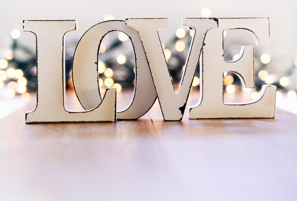 Download Free Stock Photo of Love word and garland