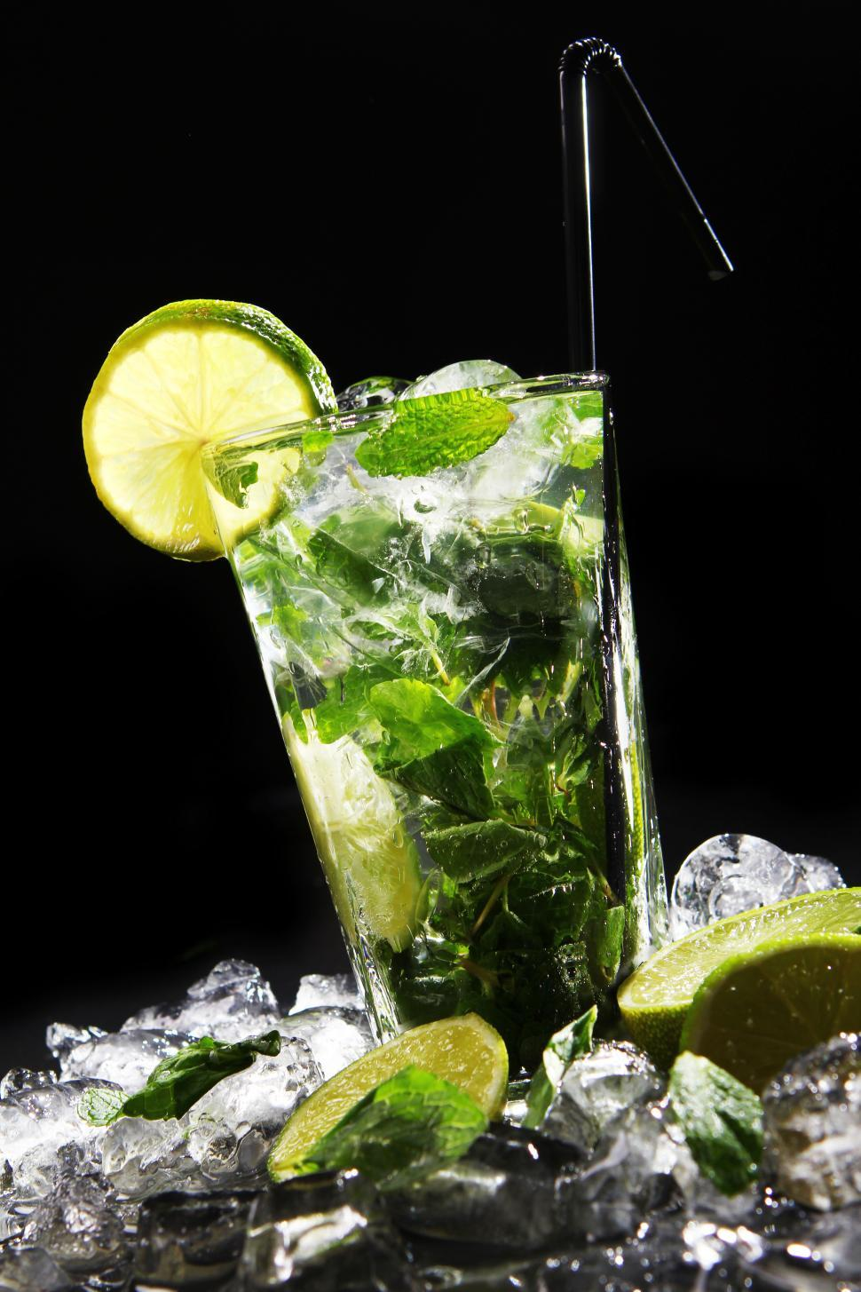 Download Free Stock Photo of Fresh drink with green lime and crushed ice