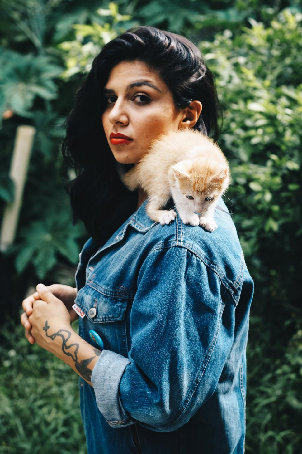 Download Free Stock Photo of Woman with cat on shoulder