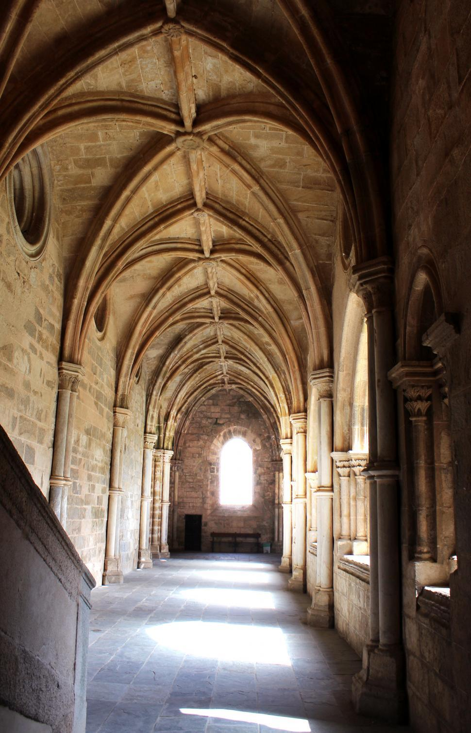 Download Free Stock Photo of Cathedral of Evora - Ogival Arches - Cloisters - Gothic Architec