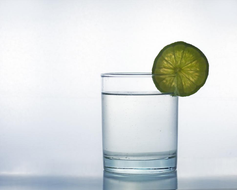Download Free Stock HD Photo of Glass with lime Online