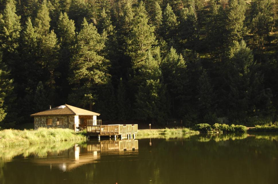 Download Free Stock Photo of Cabin on lake
