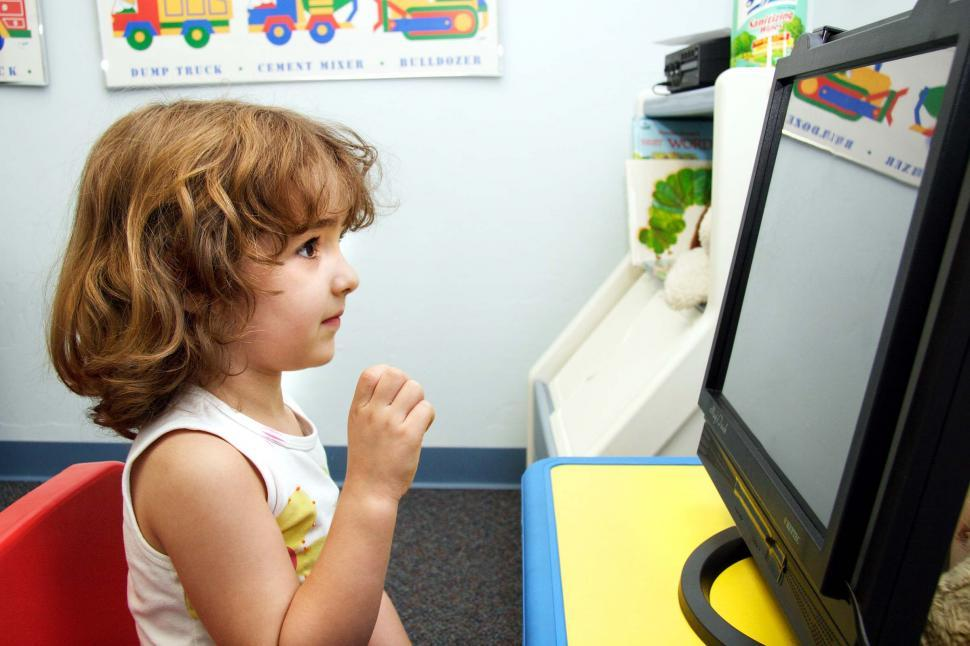 Download Free Stock Photo of Child on the computer