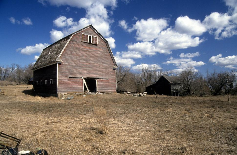 Download Free Stock HD Photo of Big old barn Online