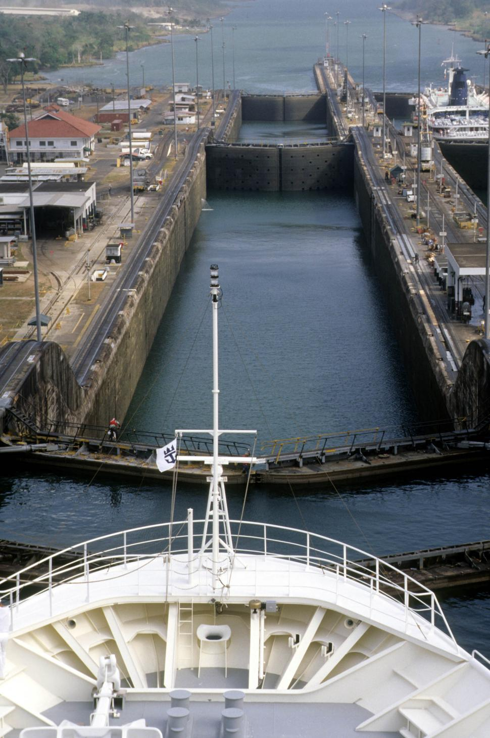 Download Free Stock Photo of Lock sections at Panama Canal