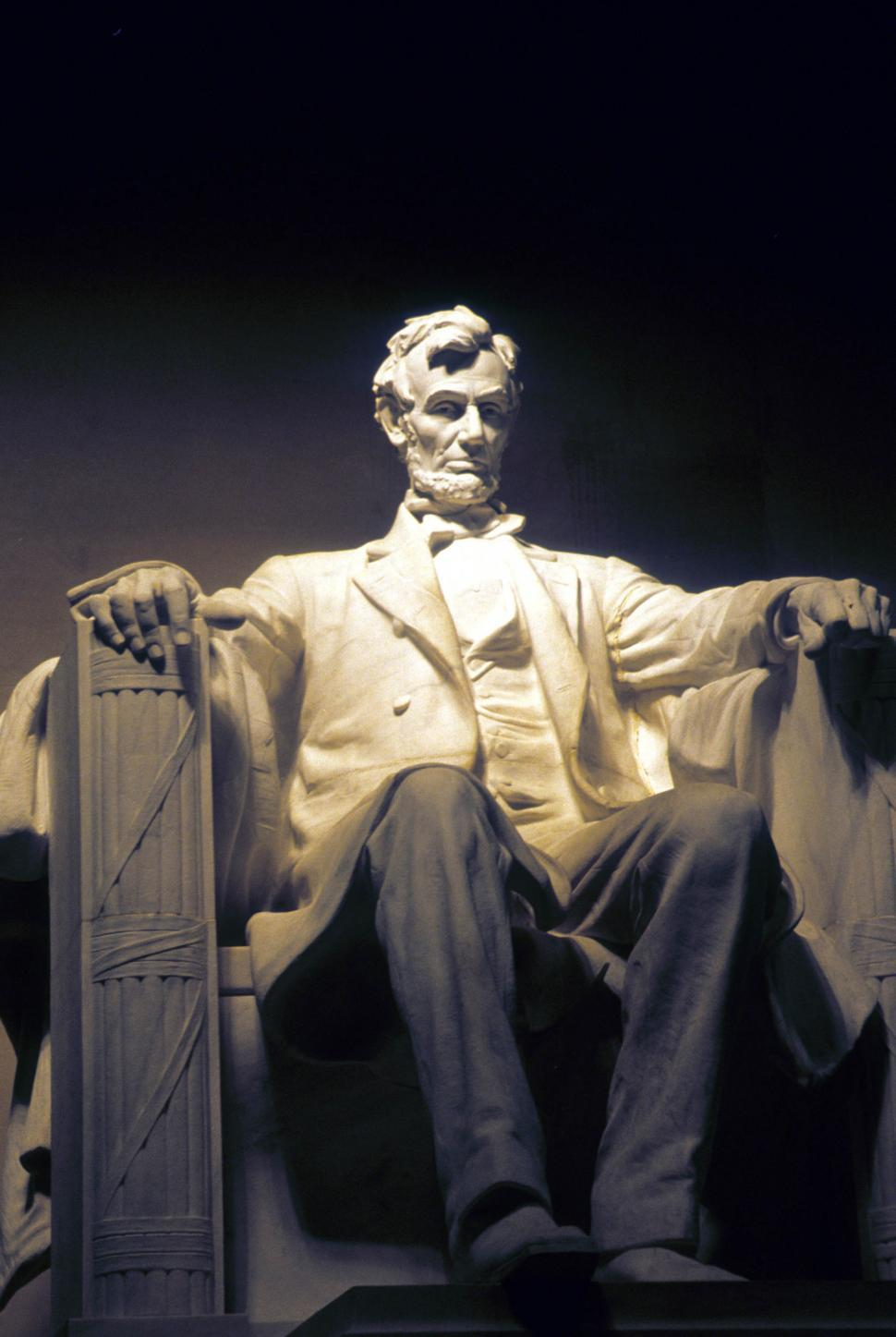 Download Free Stock Photo of Abraham Lincoln statue