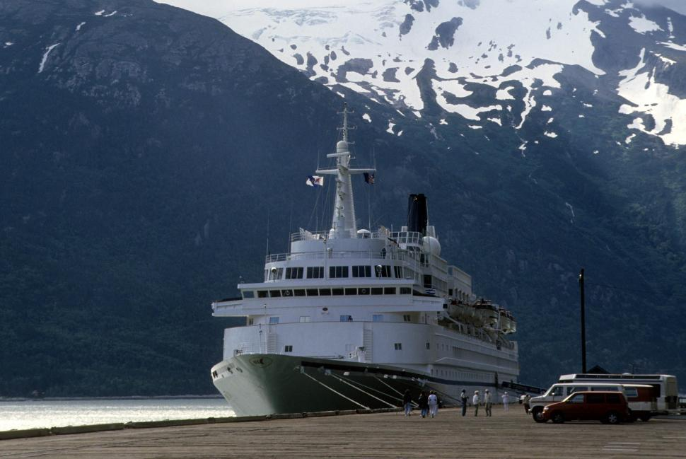 Download Free Stock HD Photo of Cruise liner Online