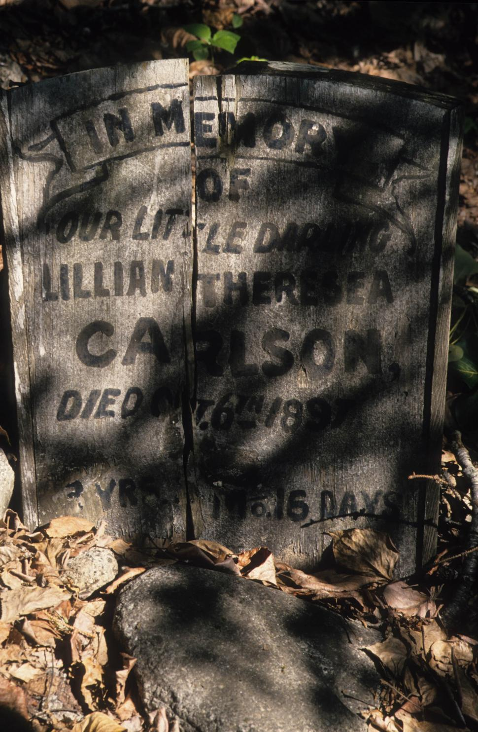 Download Free Stock HD Photo of Cracked gravestone Online