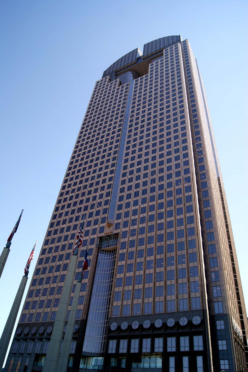 Download Free Stock Photo of Skyscraper in Dallas Texas
