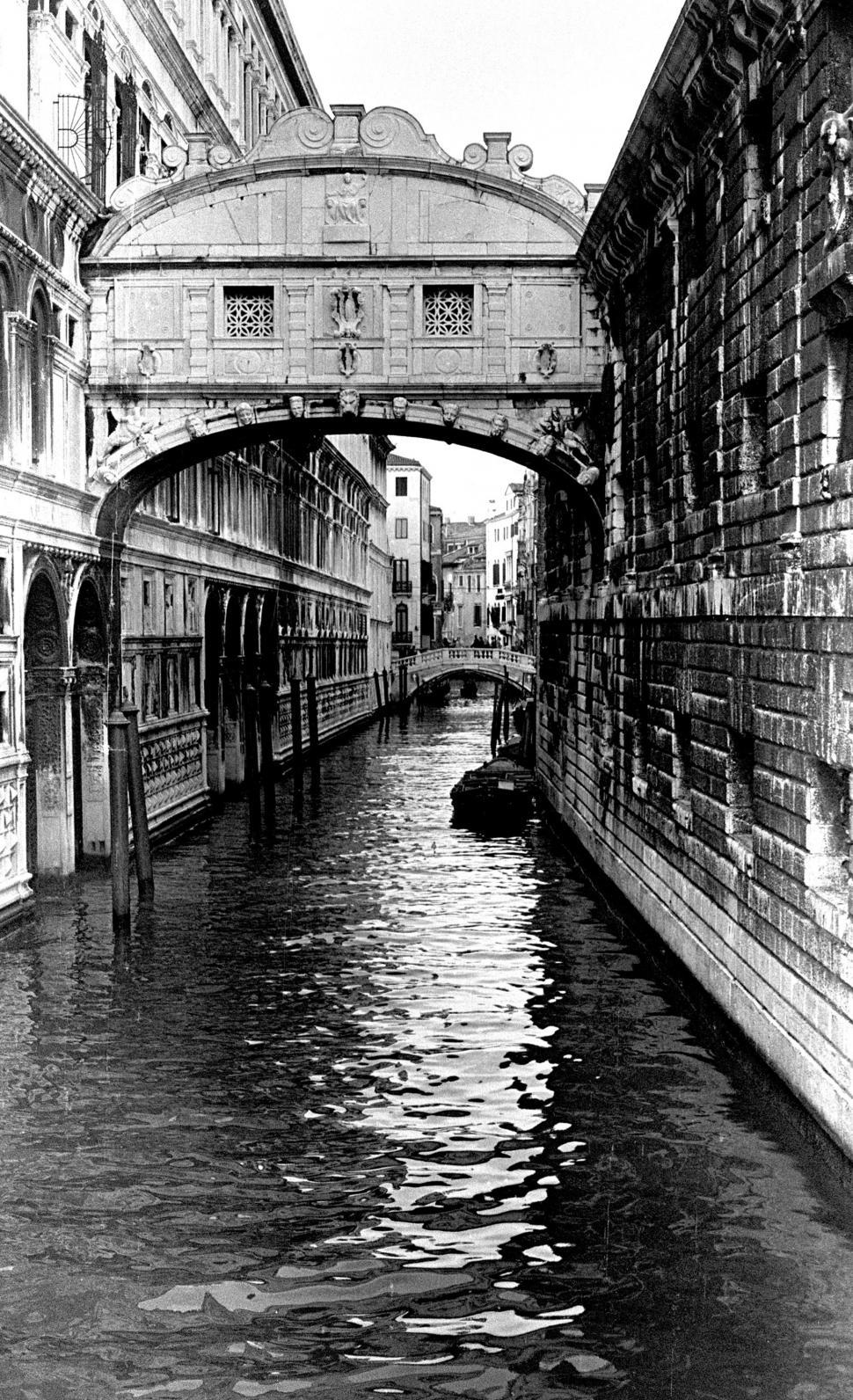 Download Free Stock Photo of Scenes from Venice, Italy