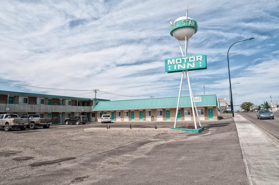 Download Free Stock HD Photo of Motor Inn Online