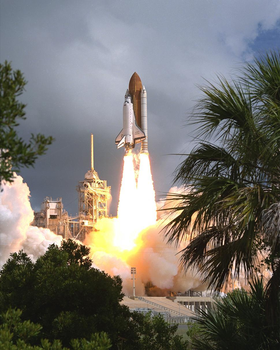 Download Free Stock HD Photo of Liftoff for the Shuttle Endeavour Online