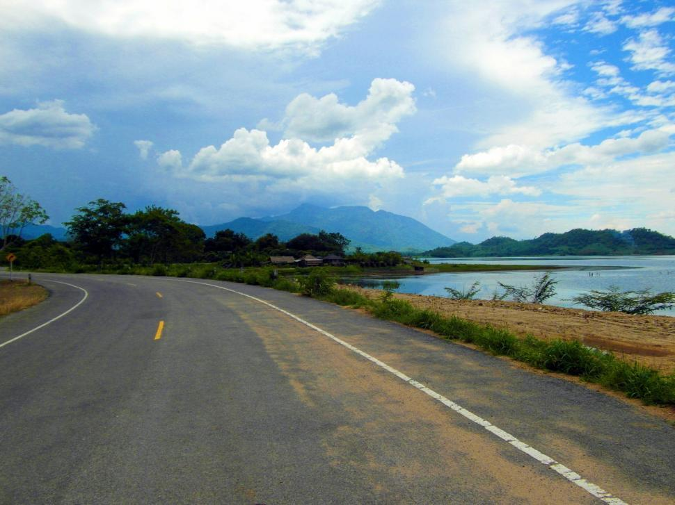 Download Free Stock Photo of Scenic Road
