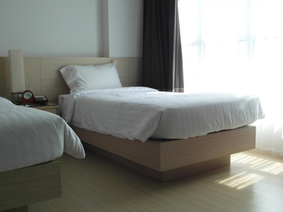Download Free Stock Photo of Single Bed