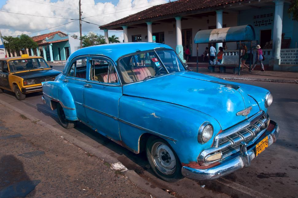 Download Free Stock Photo of Blue Car in Cuba