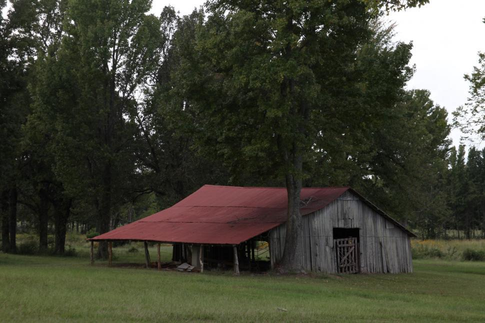 Download Free Stock Photo of Old Barn