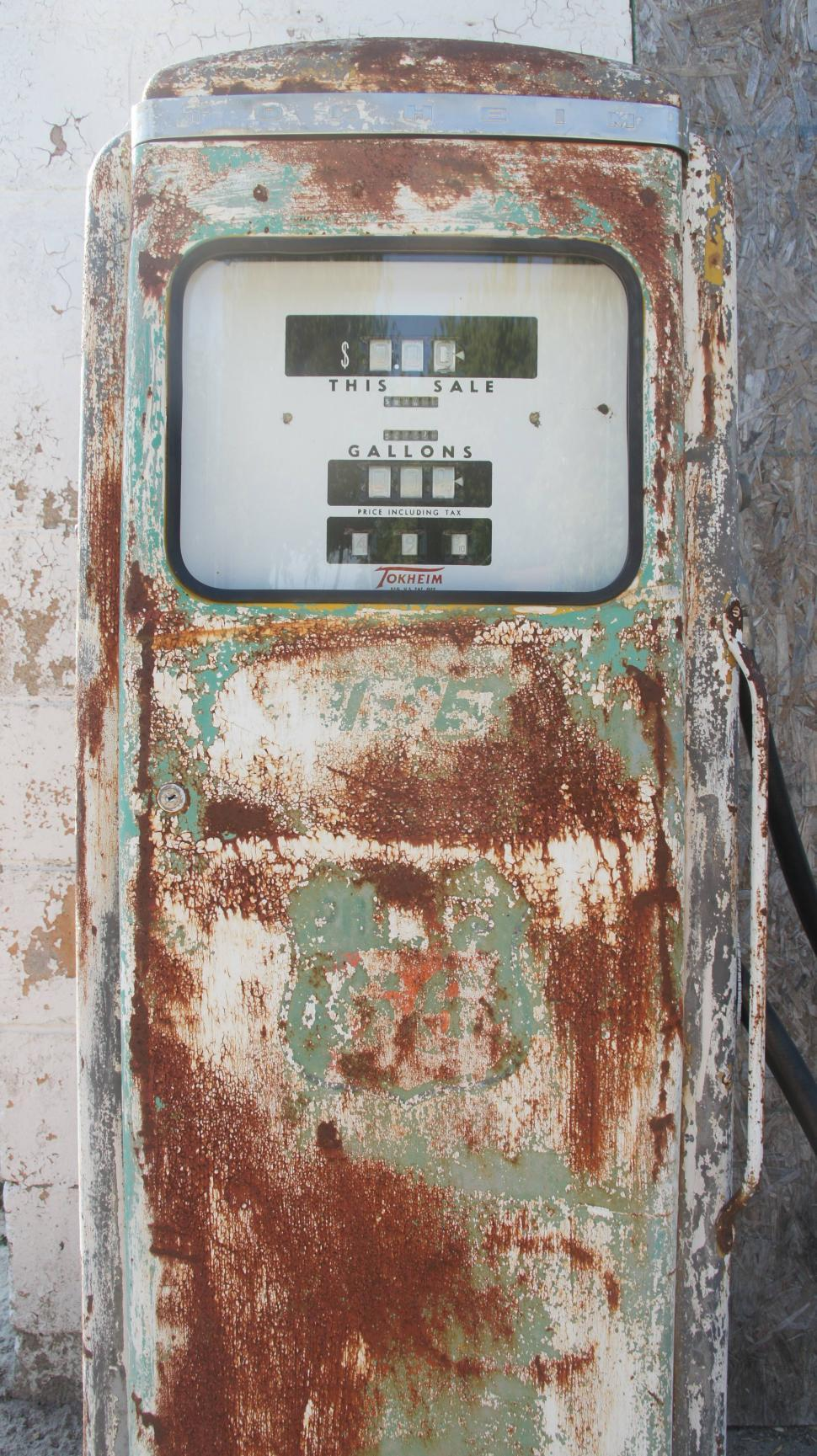Download Free Stock HD Photo of Old Gas Pump Online