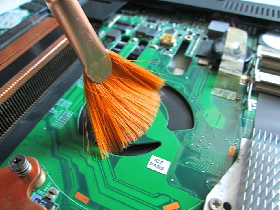 Download Free Stock Photo of Cleaning computer or Circuit