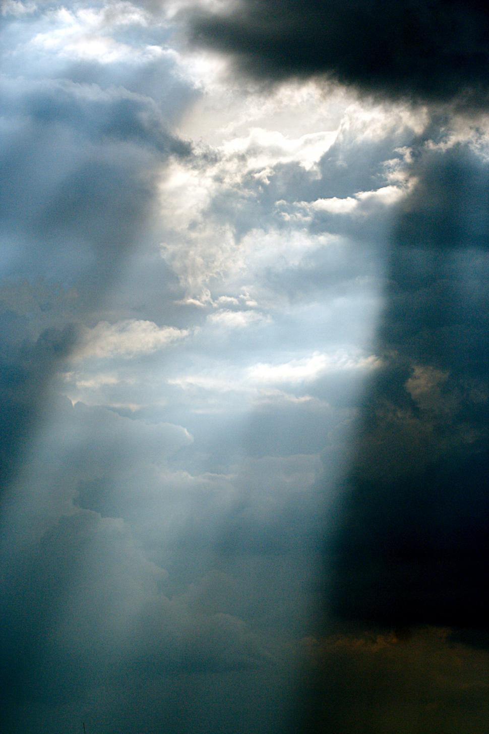 Download Free Stock Photo of Sunray