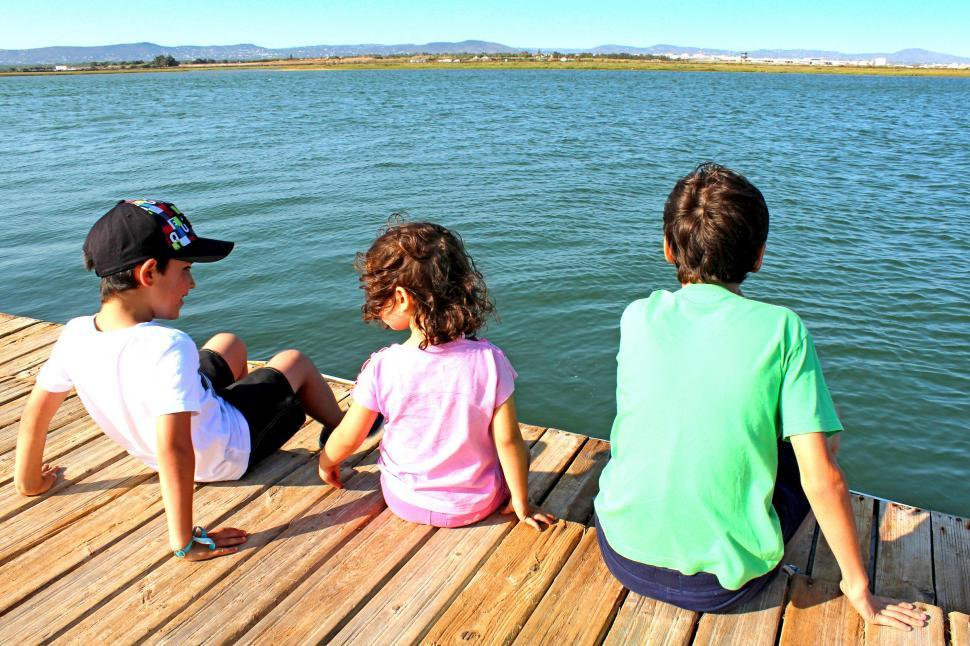 Download Free Stock Photo of Kids socializing on the pier