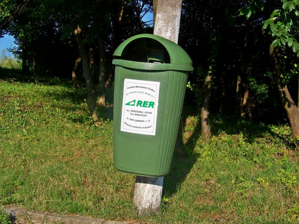 Download Free Stock HD Photo of Trash can Online