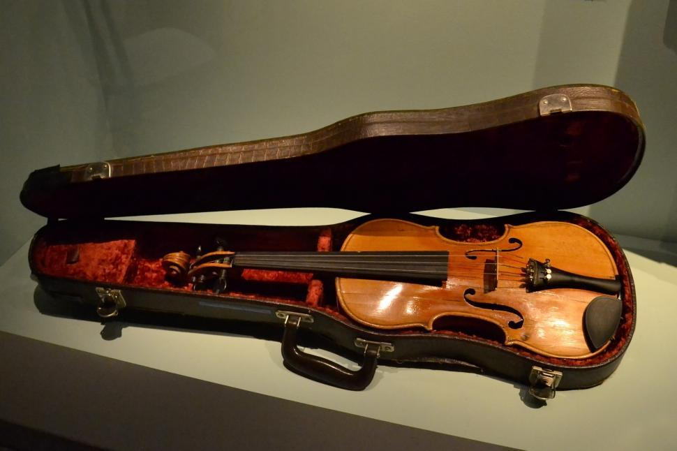 Download Free Stock Photo of Fiddle