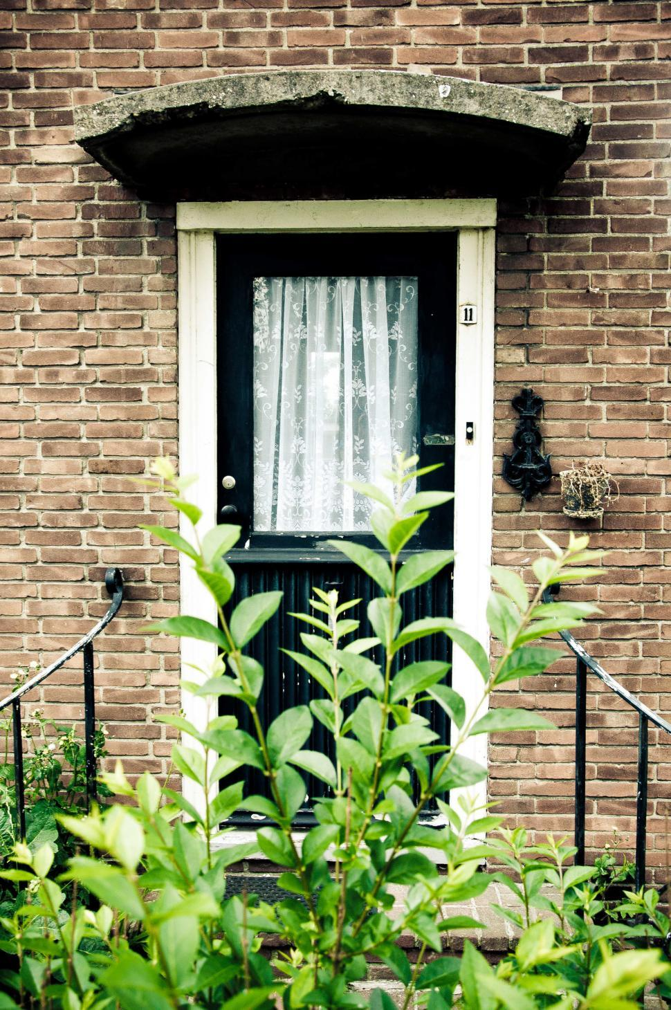 Download Free Stock HD Photo of front door to house Online